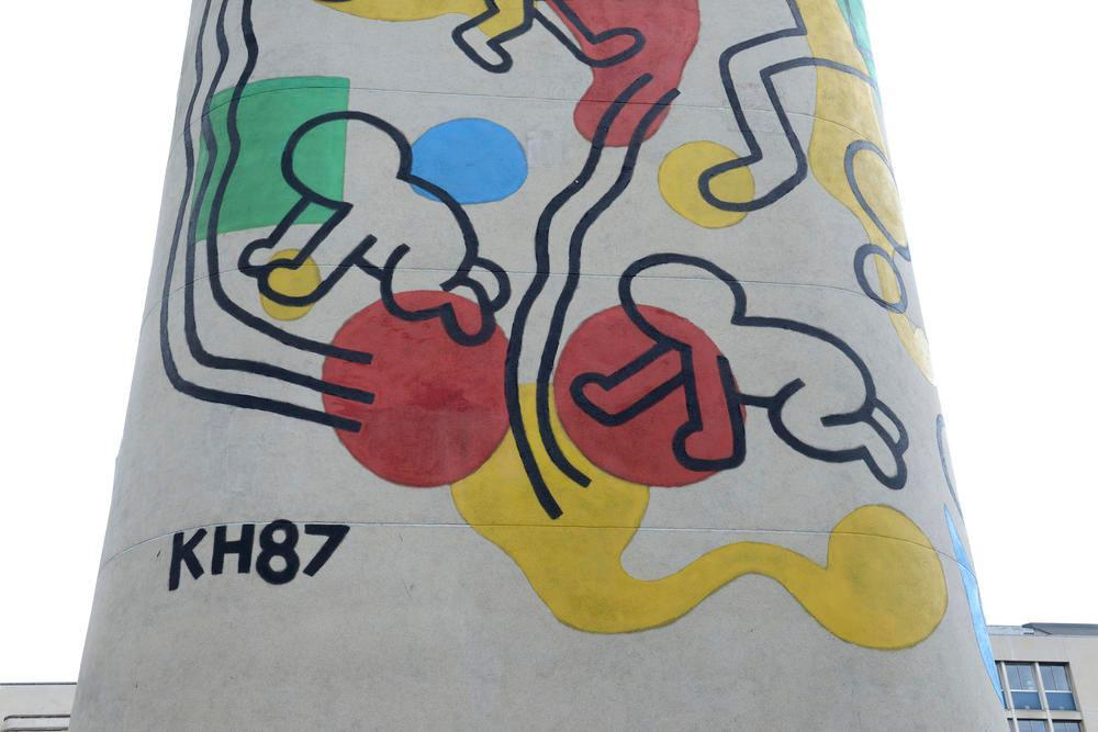 keith haring info en direct news et actualit en temps r el photos et vid os sur. Black Bedroom Furniture Sets. Home Design Ideas