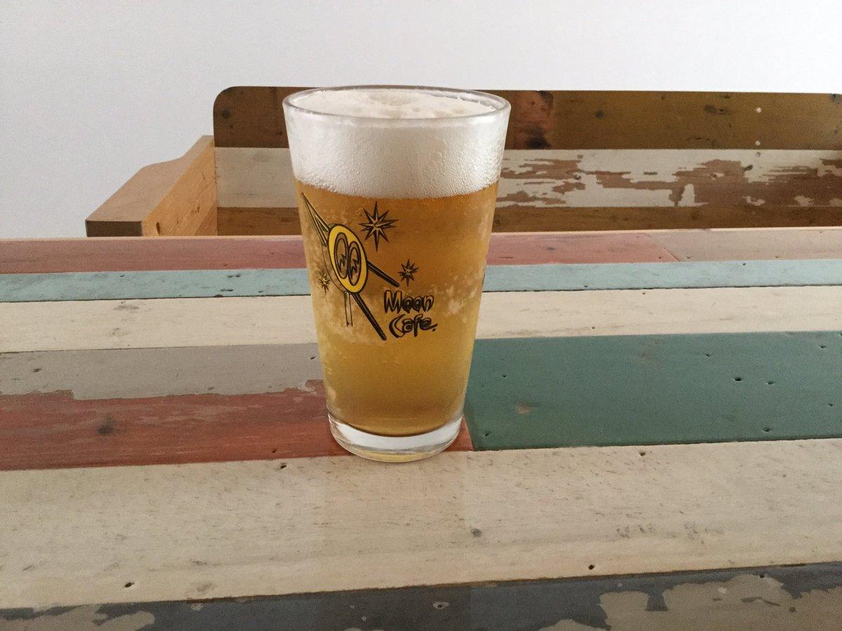とりあえずビール の 威力よ。揺らぎそうになる恋心は秋の所為かしらー|( ̄3 ̄)|