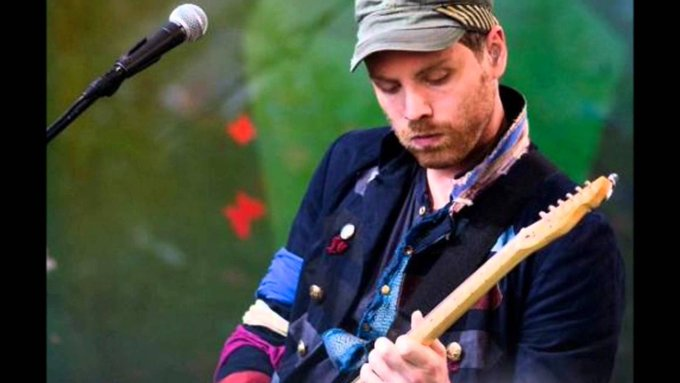 Happy birthday Jonny Buckland!! 40 years ago was born the best guitarist the world has ever seen!