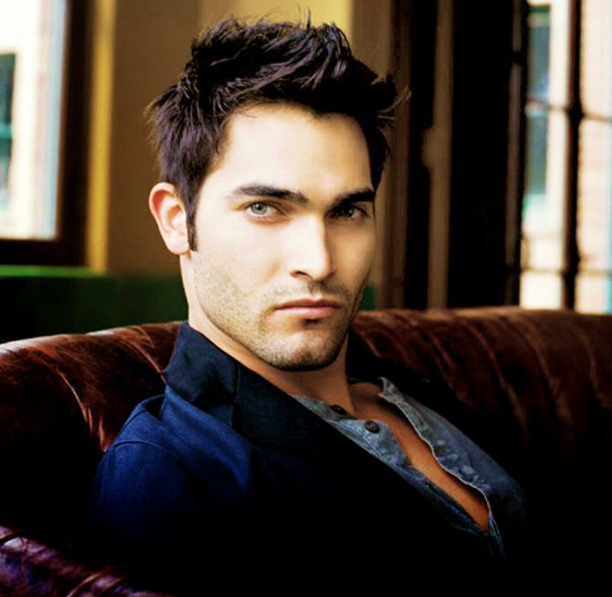 Happy Birthday To An Awesome Actor Tyler Hoechlin!!