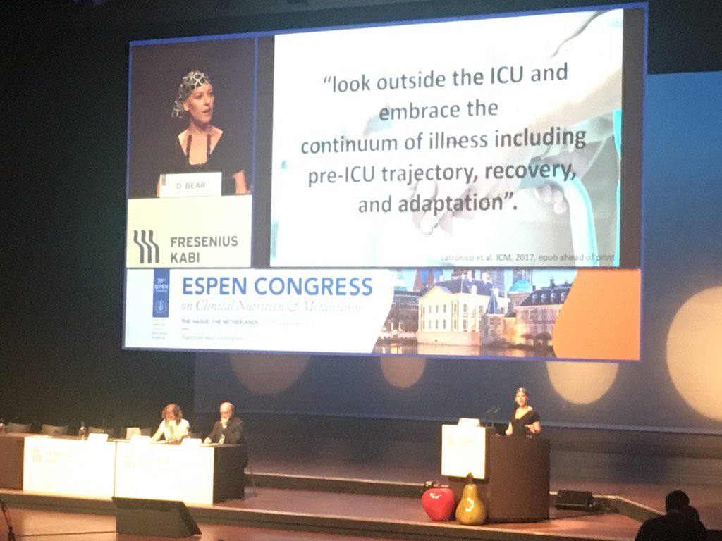 Fascinating and engaging presentation by @danni_dietitian on nutrition across the ICU continuum #ESPEN2017 <br>http://pic.twitter.com/QrZ1MmYpjg