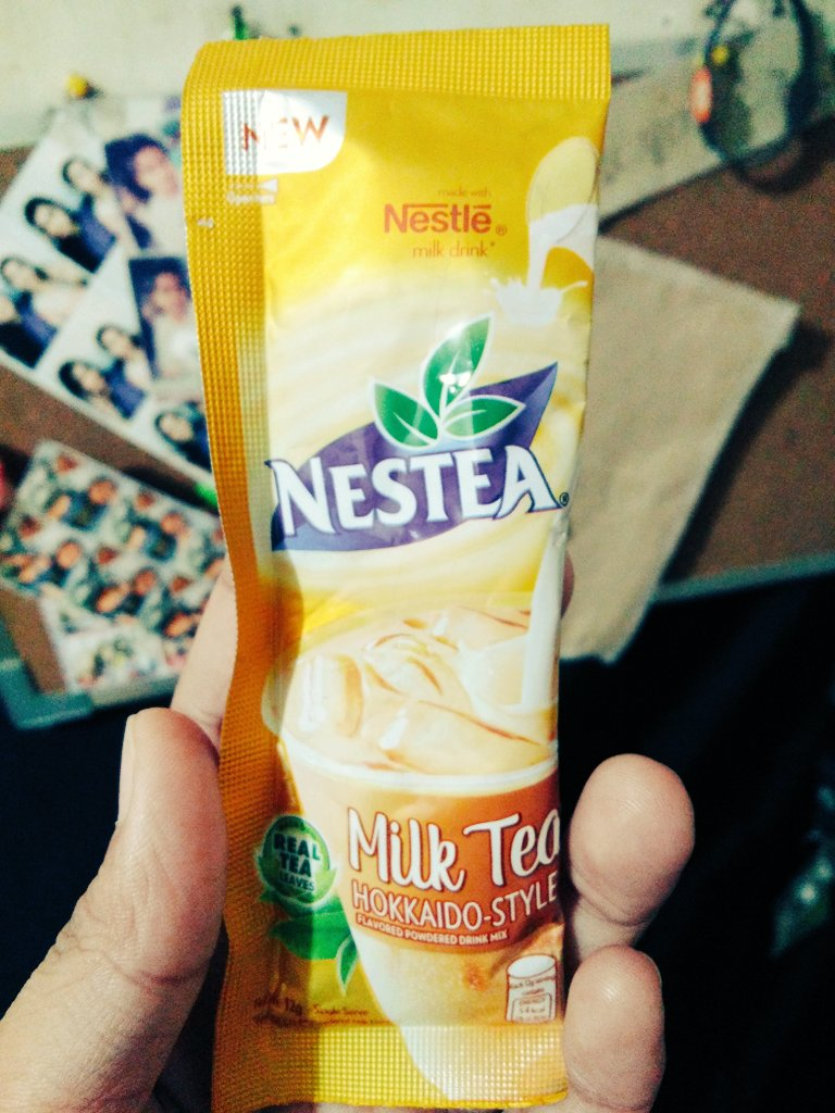 🎶 I didn't know that I was starving till I tasted you Don't need no butterflies when you give me the whole damn zoo 🎶 #nestea #milktea 😅 https://t.co/PpxQKuSvTn