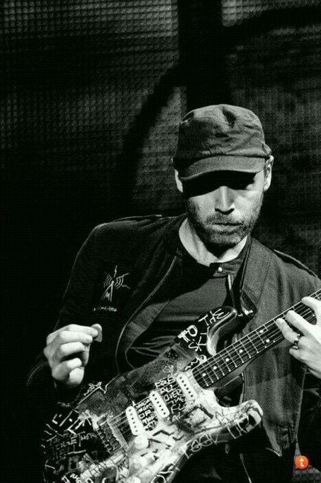 Happy 40th birthday to Jonny Buckland. Coldplay\s Lead guitarist.
