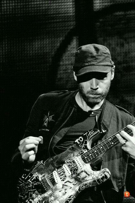 Happy 40th birthday to Jonny Buckland. Coldplay\s Lead guitarist.