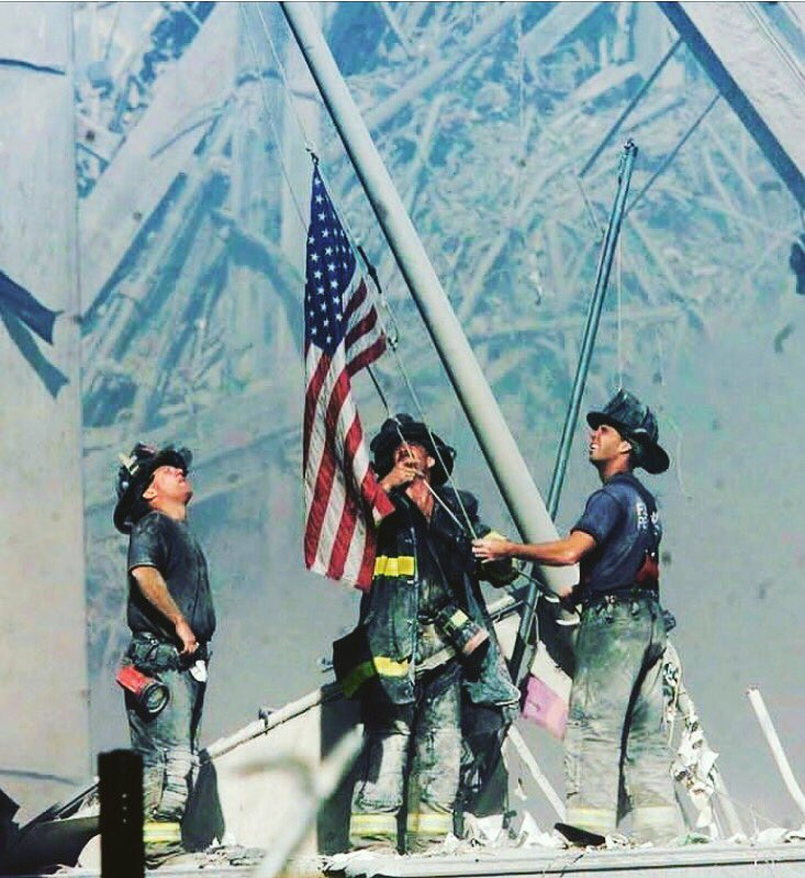 Today we honor and remember.   #NeverForget ���� https://t.co/rEmOdlKPfp