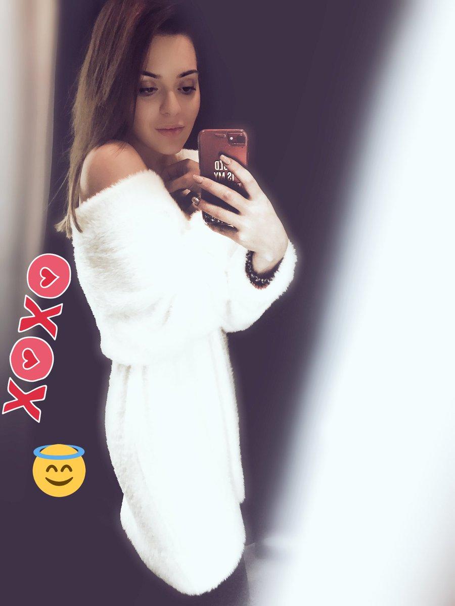 Adelina Sotnikova twitter @sotnickova2014