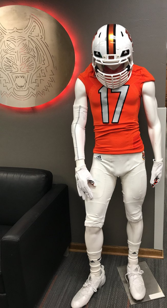 Idaho State Football On Twitter Our Uniforms Against Nevada