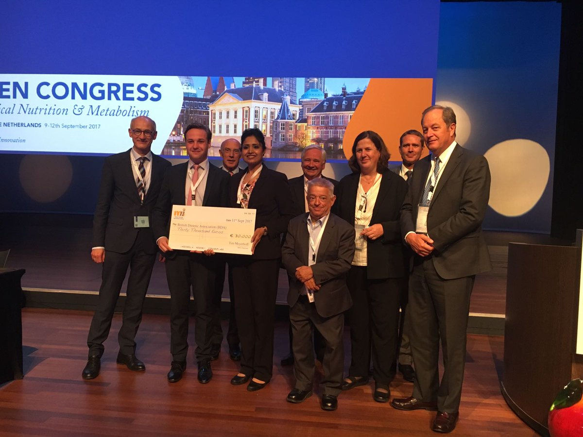 BREAKING NEWS!! @NNEdPro are delighted to have been announced winners of the 2017 MNI Award today at the #ESPEN2017 Congress at #TheHague <br>http://pic.twitter.com/3i8Xoth6Jv