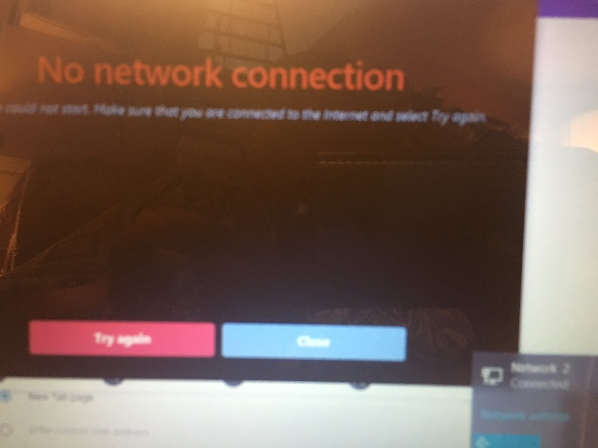 When computer shows connection while @AskFrontier doesn&#39;t, know #InsurerHackers #PoliceBullying is involved. <br>http://pic.twitter.com/dwmCD3hfiq