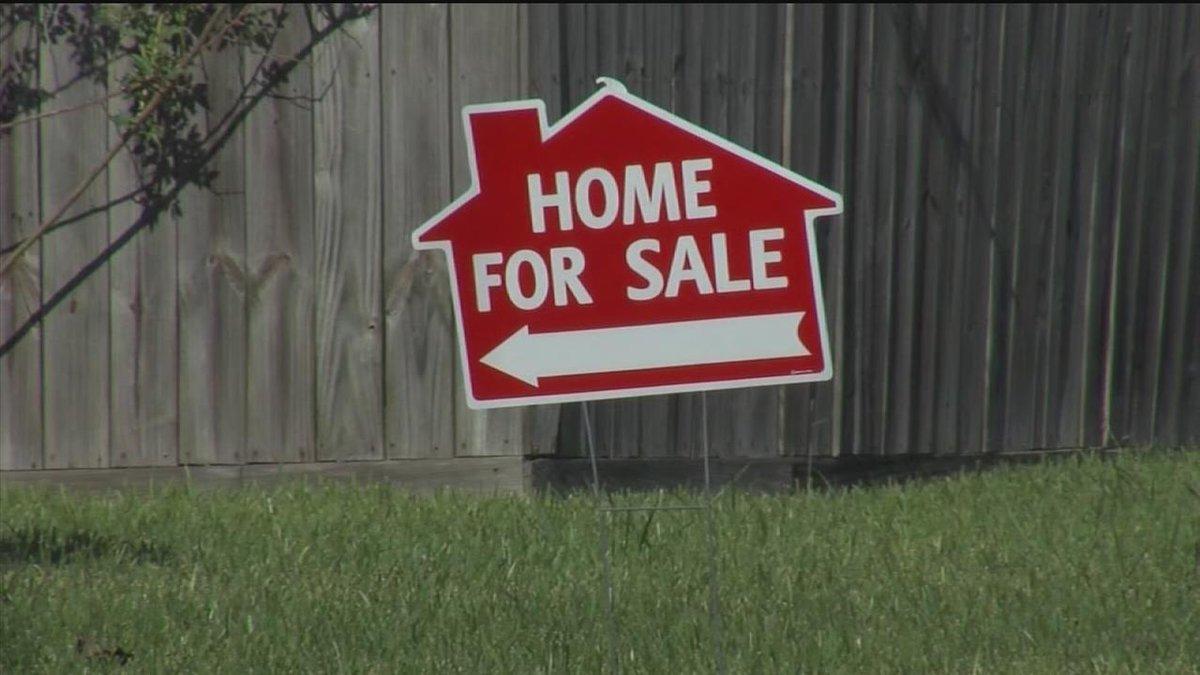 To buy house in arizona