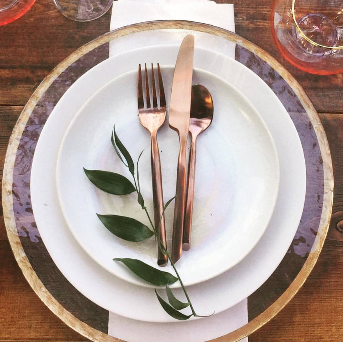 Pedersen S Event Rentals On Twitter Gold Rimmed Glass Charger White Bone Plate And Copper Flatware Perfection Culinary Capers Eventrentals Eventdecor Https T Co Izutlekyfo