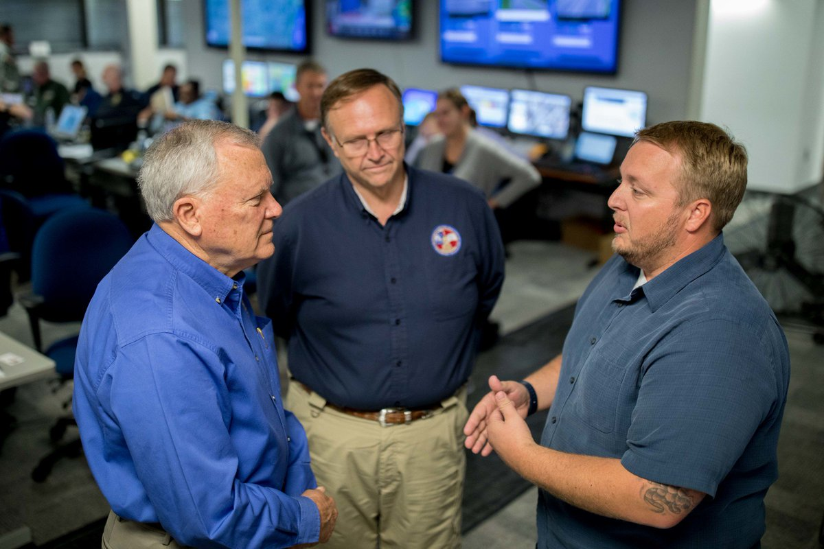 Our Emergency Ops mgr in GA met with @GovernorDeal & GEMA Dir. Bryson on how we can support during & after . #HurricaneIrma#BetterTogether