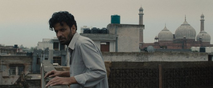 IN THE SHADOWS ( गली गुलीया) will premier at @busanfilmfest .great news for the entire team.#dipeshjain @Shuchijain @RanvirShorey https://t.co/CyNLCNLA80