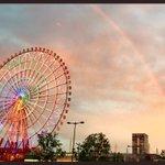 お台場来たら、虹が出てた!🌈さらに観覧車がレインボーカラーのタイミングで、すごく綺麗!!! pic.…