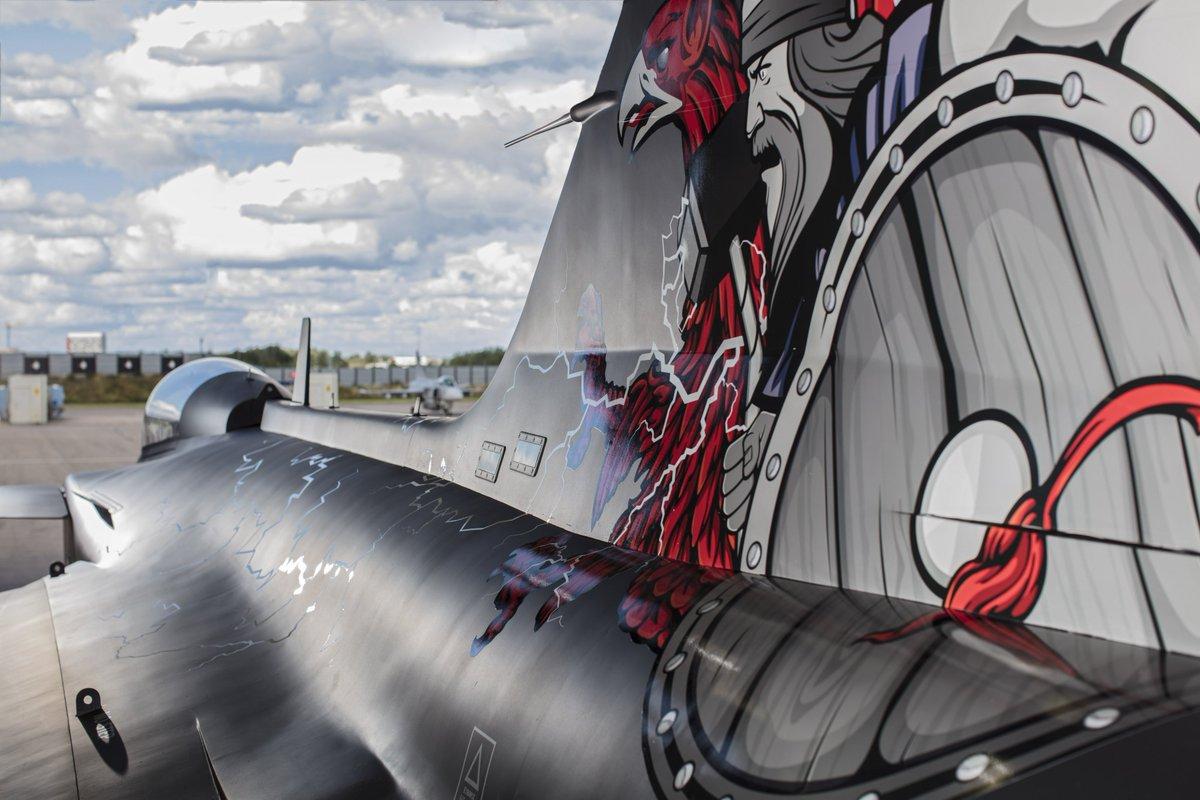 بنات العمساب -المقاتلات السويدية من SAAB 17 إلى Gripen - صفحة 2 DJg6YdCXgAEjBjP