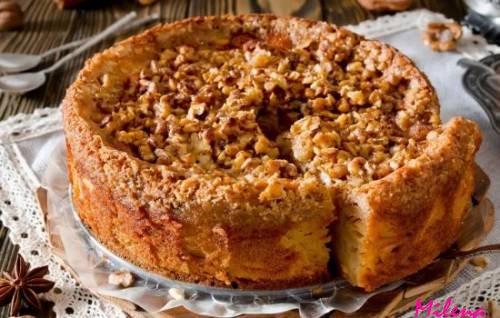 Пирог с яблоками заливной в мультиварке