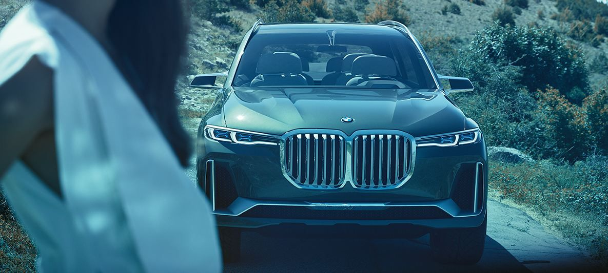 生气的猪脸 // The BMW Concept X7 iPerformance: At a glance https://t.co/7glo6jbU0v https://t.co/uZOq3MqeJs 1