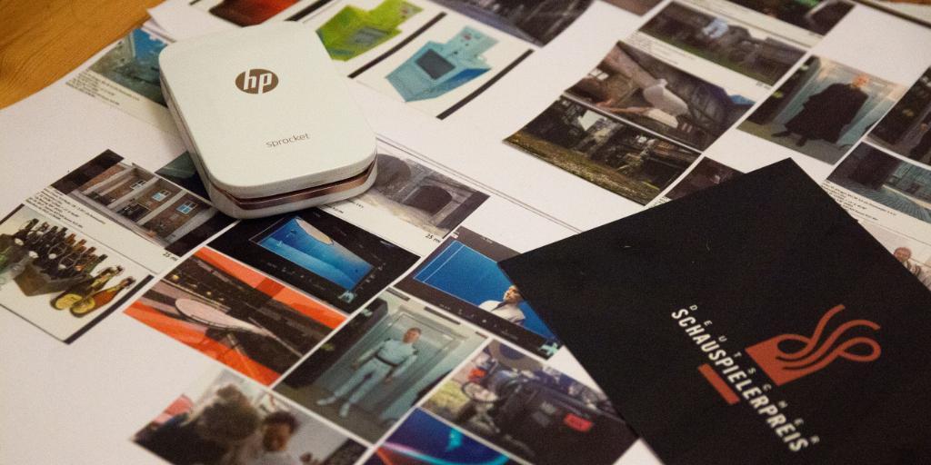 Regisseur Michael Ruscheinsky verrät warum ein HP Pocket Printer für seine Arbeit wichtig ist: https://t.co/nraQbRVFFi https://t.co/rfbVXUIZSR