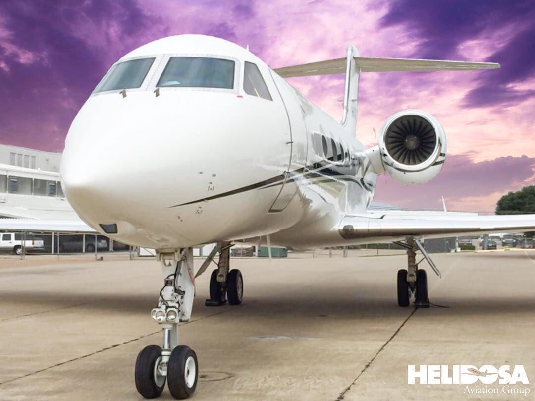 Opportunities are endless, go get them. • Las oportunidades son interminables, ve por ellas. #Gulfstream #Upgrade #HelidosaAviationGroup <br>http://pic.twitter.com/B5oW0fxGYL