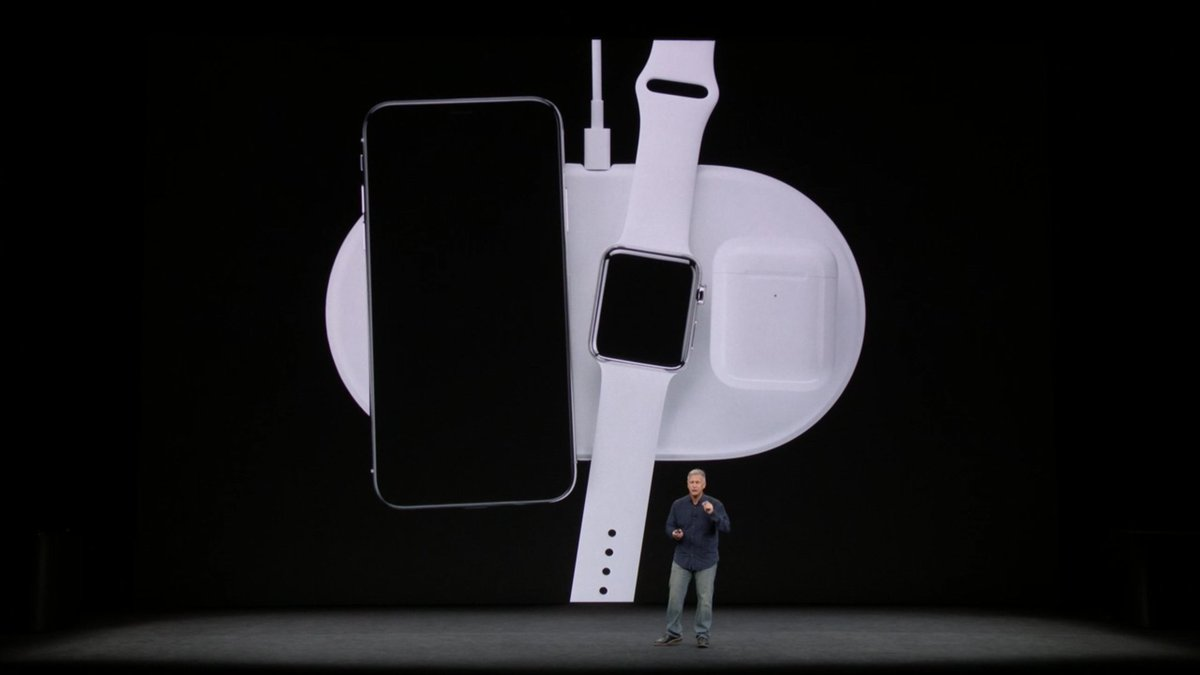 new charging dock for all new products #AppleEvent https://t.co/mVGhZQqUxp
