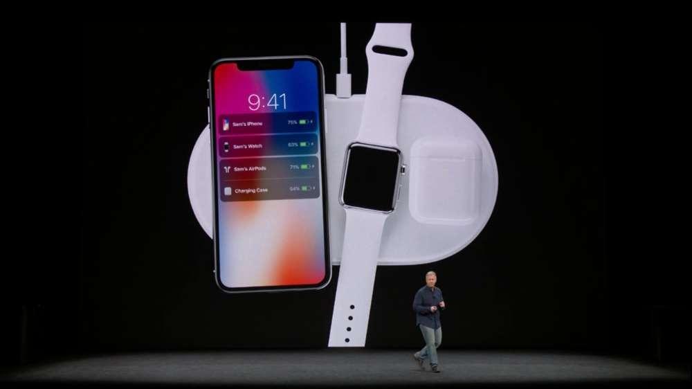 Apple présente AirPower, un accessoire pour recharger tous ses terminaux https://t.co/SaTbWNje4W #AppleEvent https://t.co/w2LS6ugWV7