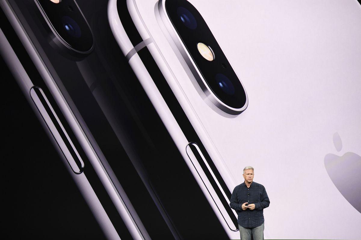 DJi3 dRW0BAOBHe - الإعلان الرسمي عن هاتف iPhone x أو ما أطلق عليه آيفون 10 النسخة الخاصة