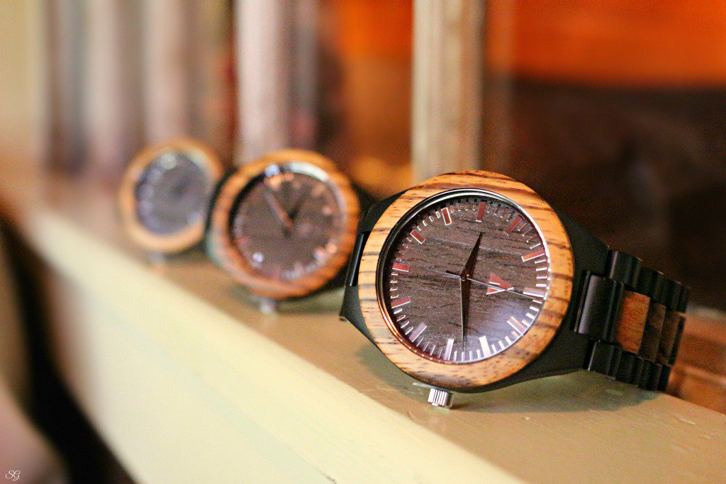 Looking watches
