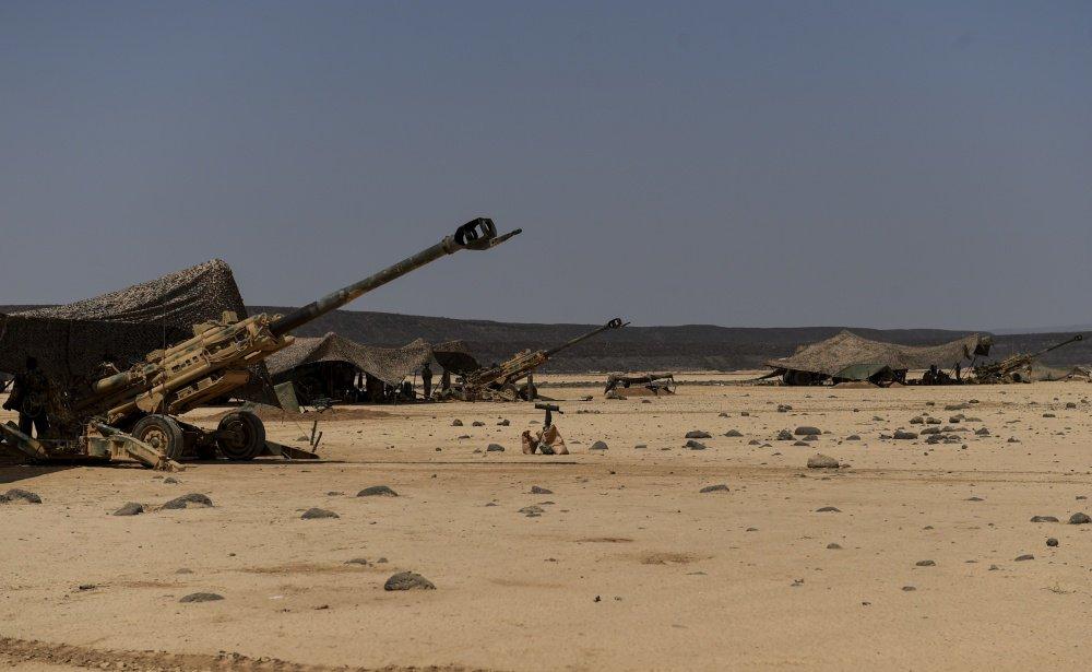 المدفع M777A2 الامريكي المقطور عيار 155 ملم  DJiRiMfUEAUIfN0