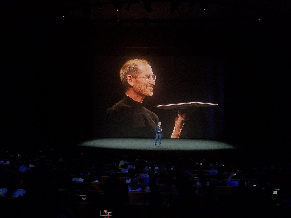 Steve Jobs' words open his theater. #AppleEvent https://t.co/MQpr339iS1