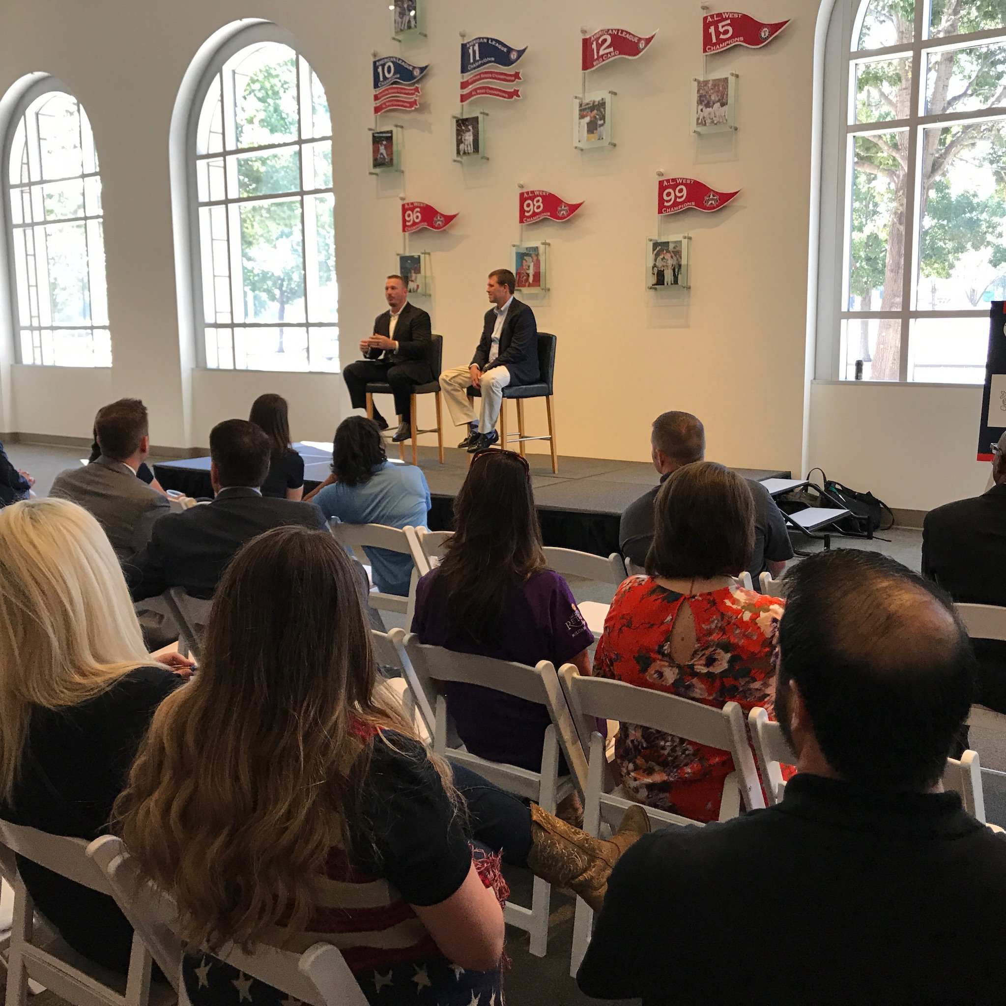 Today at the #HOHExpo at Globe Life Park, @EricEversoleHOH and @Dakota_Meyer hosted a veteran-employment focused town hall for employers. https://t.co/186cAEWuLW