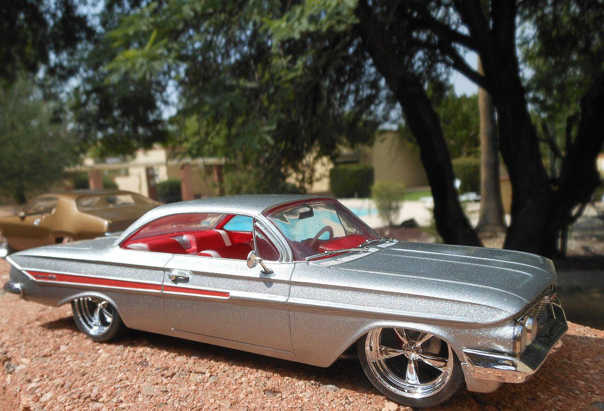 Hobbylinccom On Twitter Great Work By A Customer This 1 25 1961 Chevy Impala Ss Scale Https Tco Ofqwq8z3ba Round2llc Plasticmodelcar