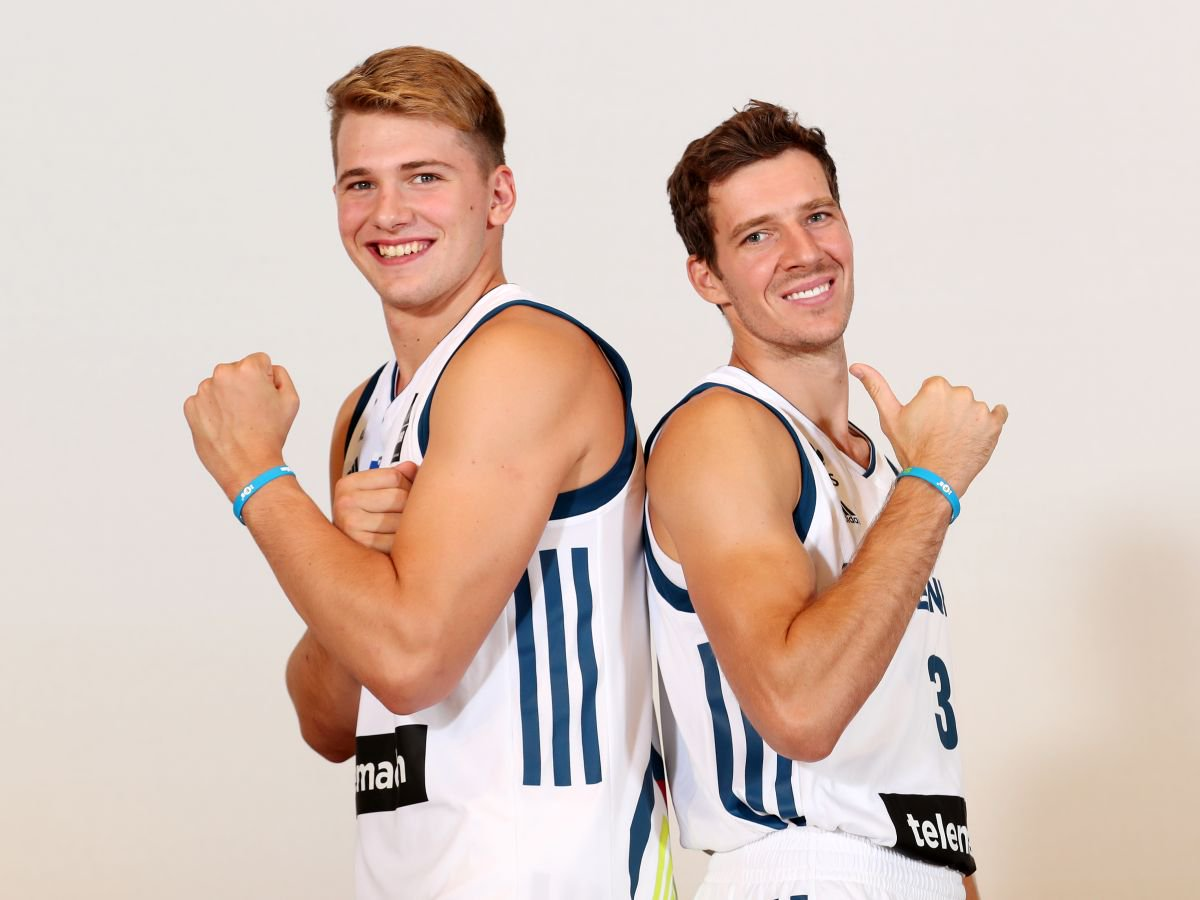 ¿Cuánto mide Luka Doncic? - Real height DJjn7LXX0AEsRYf