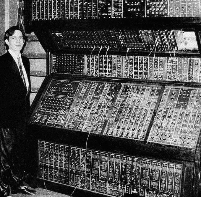 A young Hans Zimmer with his Moog modular system Happy 60th Birthday to the legendary