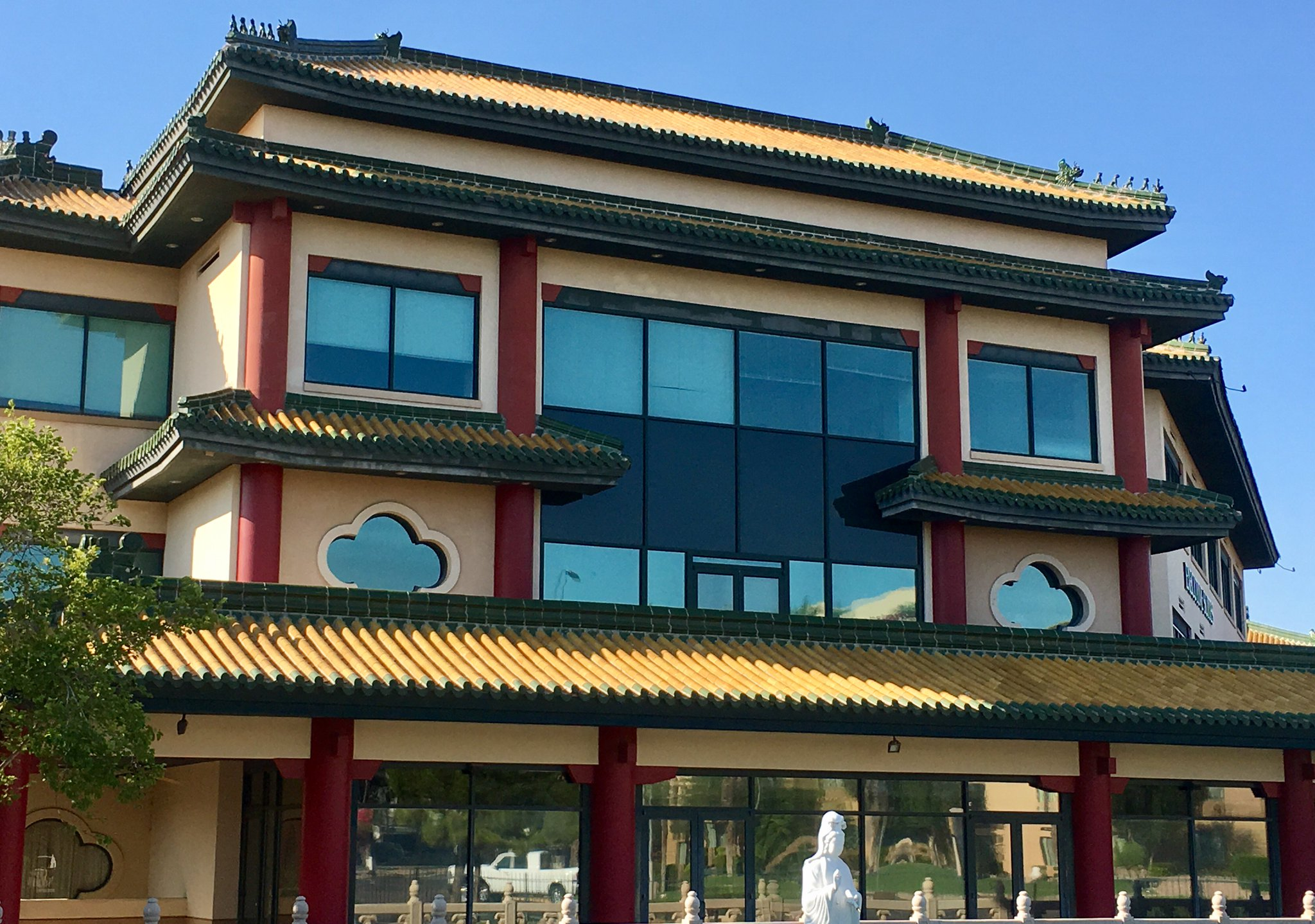 .@Sal_DiCiccio says building may not be #historic but items, material from #china are more than 50 years old. @kjzzphoenix https://t.co/Ww8ipct0sL
