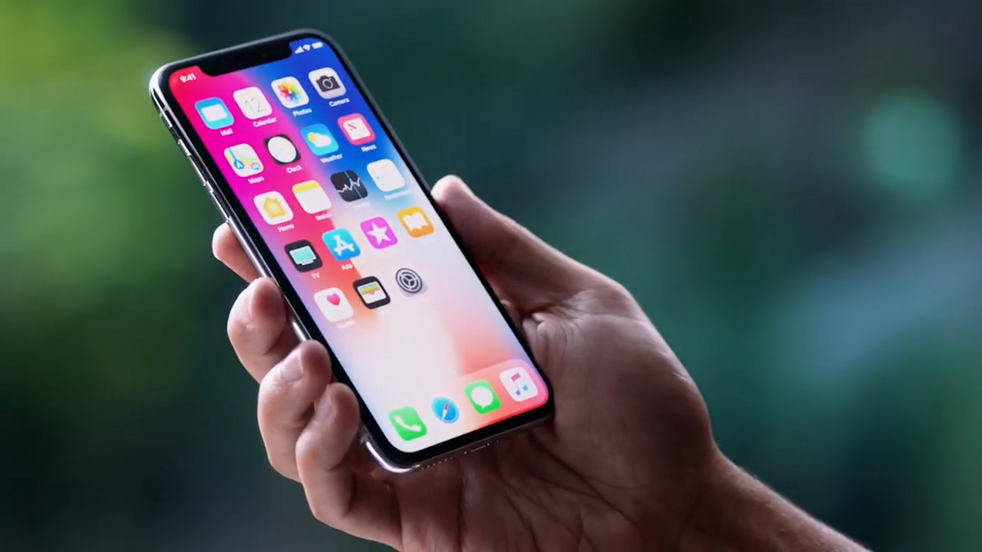 Hands on with the iPhone X https://t.co/4SRHefBZay #AppleEvent https://t.co/J8Ko55cvU7