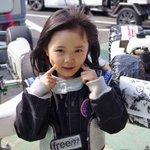 11歳の女子天才レーサーって聞いてどうせカートだろ?って思ってたらフォーミュラマシンを240kmで操…