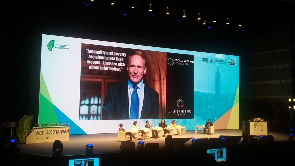&quot;Inequality &amp; poverty are about more than income; they are also about information.&quot;@timberners_lee  @webfoundation #WCIT2017 <br>http://pic.twitter.com/YonZYIhRU5