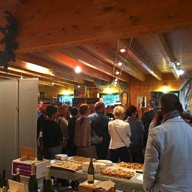 Rentrée du club business #hautesalpes au comptoir à vins, notre commerciale en déplacement à Gap #workday #instawo… http://ift.tt/2f43LpFpic.twitter.com/libCl9rtoQ