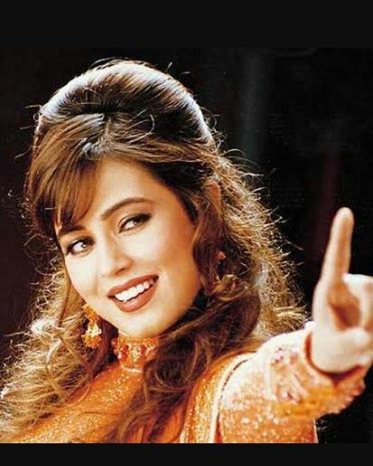 Wishing gorgeous Mahima chaudhary A VERY HAPPY BIRTHDAY...