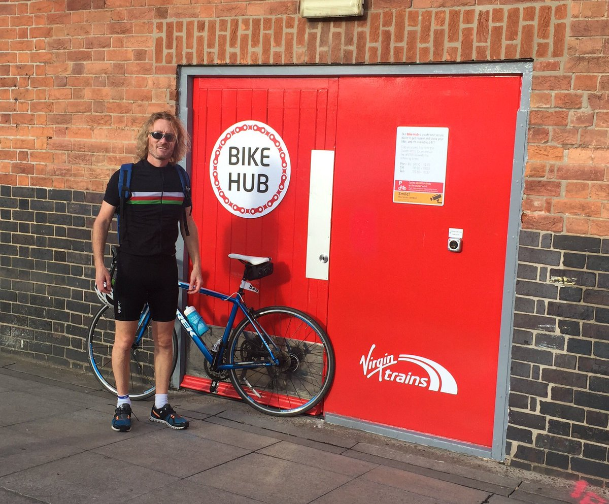 Thanks to #virgintrains for the new Doncaster bike hub #biketoworkday <br>http://pic.twitter.com/xmIrX9TIgd