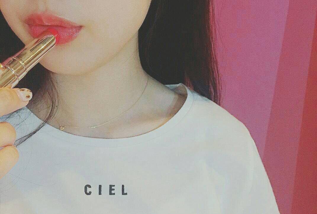 口紅の綺麗な塗り方や形・マットや赤い口紅の塗り方