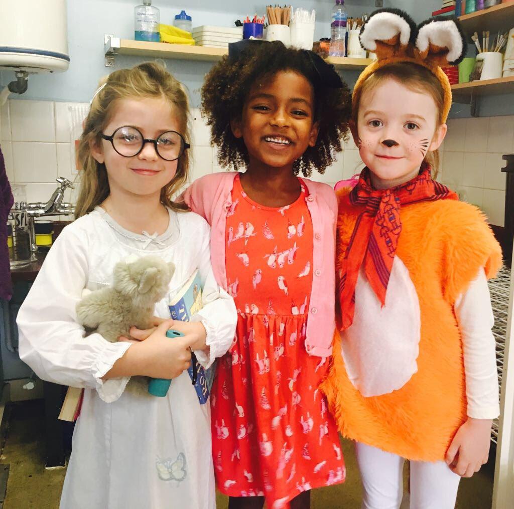 Marvellous, fantastic kiddles! @BusheyOxheyInfs #RoaldDahlDay https://...