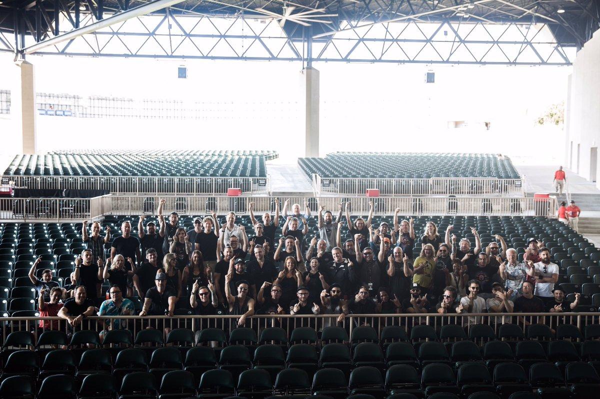 Tour was fun!  Going to miss these guys @OneRepublic @JamesArthur23 https://t.co/hBmj9lAISA