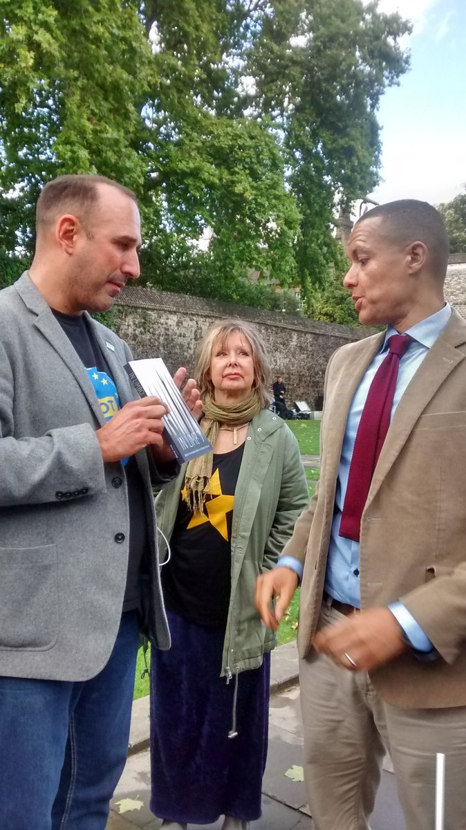 @labourlewis and @RoaringNurse  @The3Million #CitizensLobby17 https://...