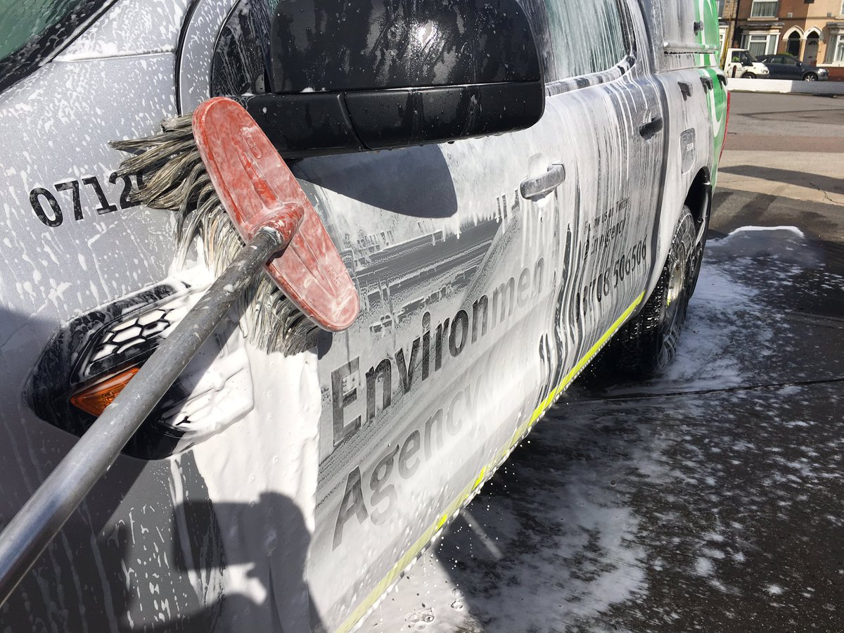 After off-road driving it&#39;s crucial we keep our vehicles clean &amp; ready for the next time.  #CleanKitIsHappyKit #CheckCleanDry #OCDProblems<br>http://pic.twitter.com/MpvrcJDiH3