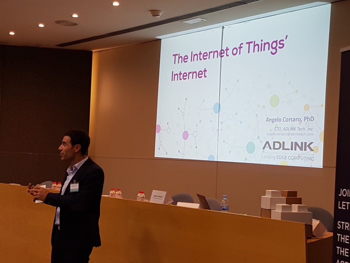 &quot;Global internet traffic on 2021 will be over 105 GB/s. More effective #IoT stack is needed&quot;. Angelo Corsaro on stage at #NGIForum17. <br>http://pic.twitter.com/58WcII3NcI
