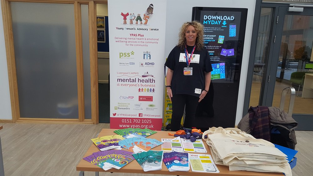 All set at Knowsley Community College this morning 10am - 2pm. Come and chat to us about our #CommunityHubs #Groups &amp; #MentalHealthSupport<br>http://pic.twitter.com/kuQpn9n8gO