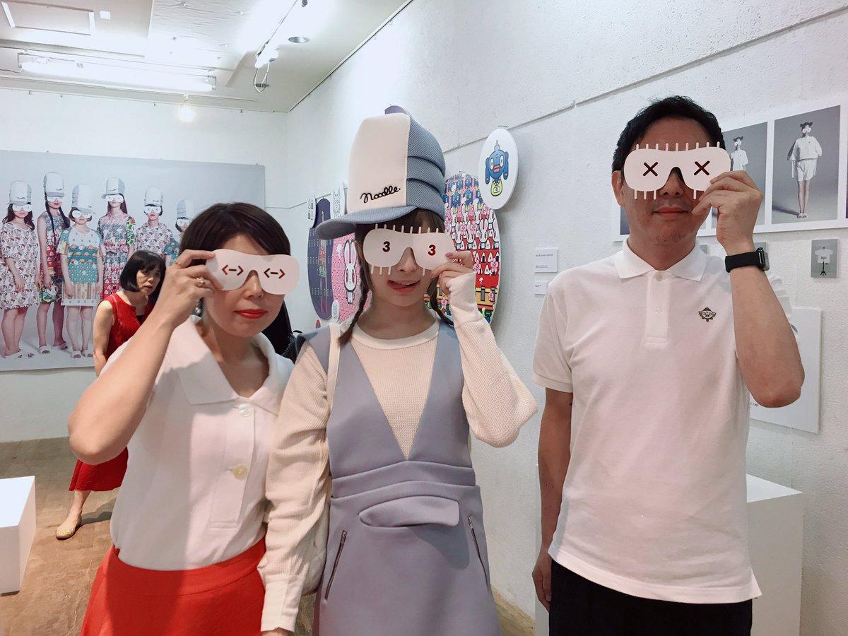 スタイリストの飯嶋さん、田中監督が立ち上げた新ブランドNoodleのお祝いにお邪魔してきました〜 刺激的なお洋服ばかり!!!