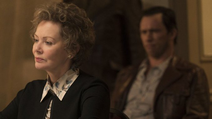 Happy birthday to a brilliant actress of the small screen, three-time Emmy winner Jean Smart!