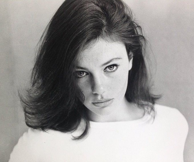 Young Jacqueline Bisset.   HAPPY BIRTHDAY (born september 13,1944)